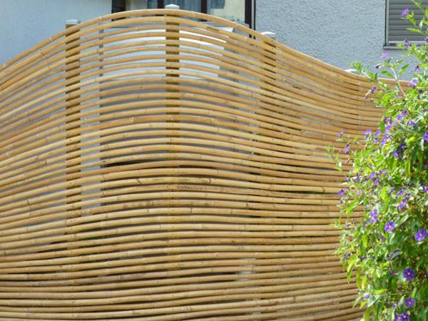 alternative zu zaun und hecke. Black Bedroom Furniture Sets. Home Design Ideas